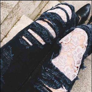 👽 LF Carmar Crochet Detail Ripped Jeans